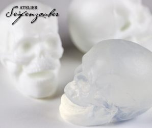 Soap Skull (transparent) (130g)